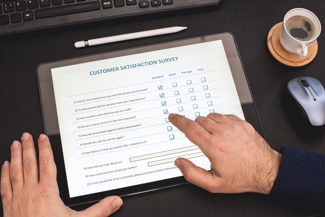Online Customer Satisfaction Survey on Digital Tablet in Office